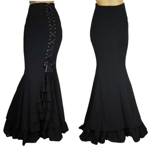 Plus Size Gothic Clothing Steampunk Ruffle Skirt NWT